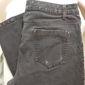 Bandolino Amy Black Wash Jeans Size 14